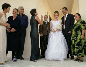 Huwelijk van Nazerne (bruid) en Korab Musa (bruidegom), Tirana, Albanië, 2004