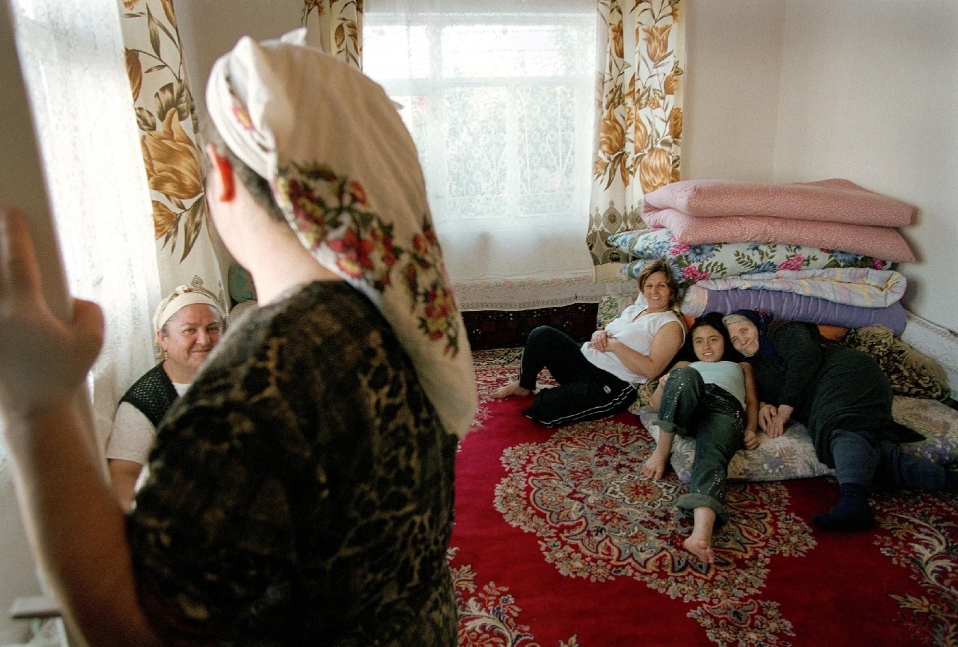 Oma komt spuitend klaar maastricht erotische massage