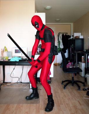 Harm in de rol van Deadpool (een fictieve antiheld uit strips van Marvel Comices), Leiden, Nederland, 2012