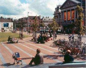 Amsterdam, Museumplein met zicht op  Concertgebouw, 1997